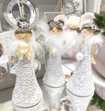 Fatina angelo con piume cm h10.7 , 3 soggetti assortiti , prezzo indicato per singolo oggetto.