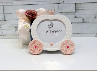 CARROZZA CON CORONA 14X14CM PORCELLANA